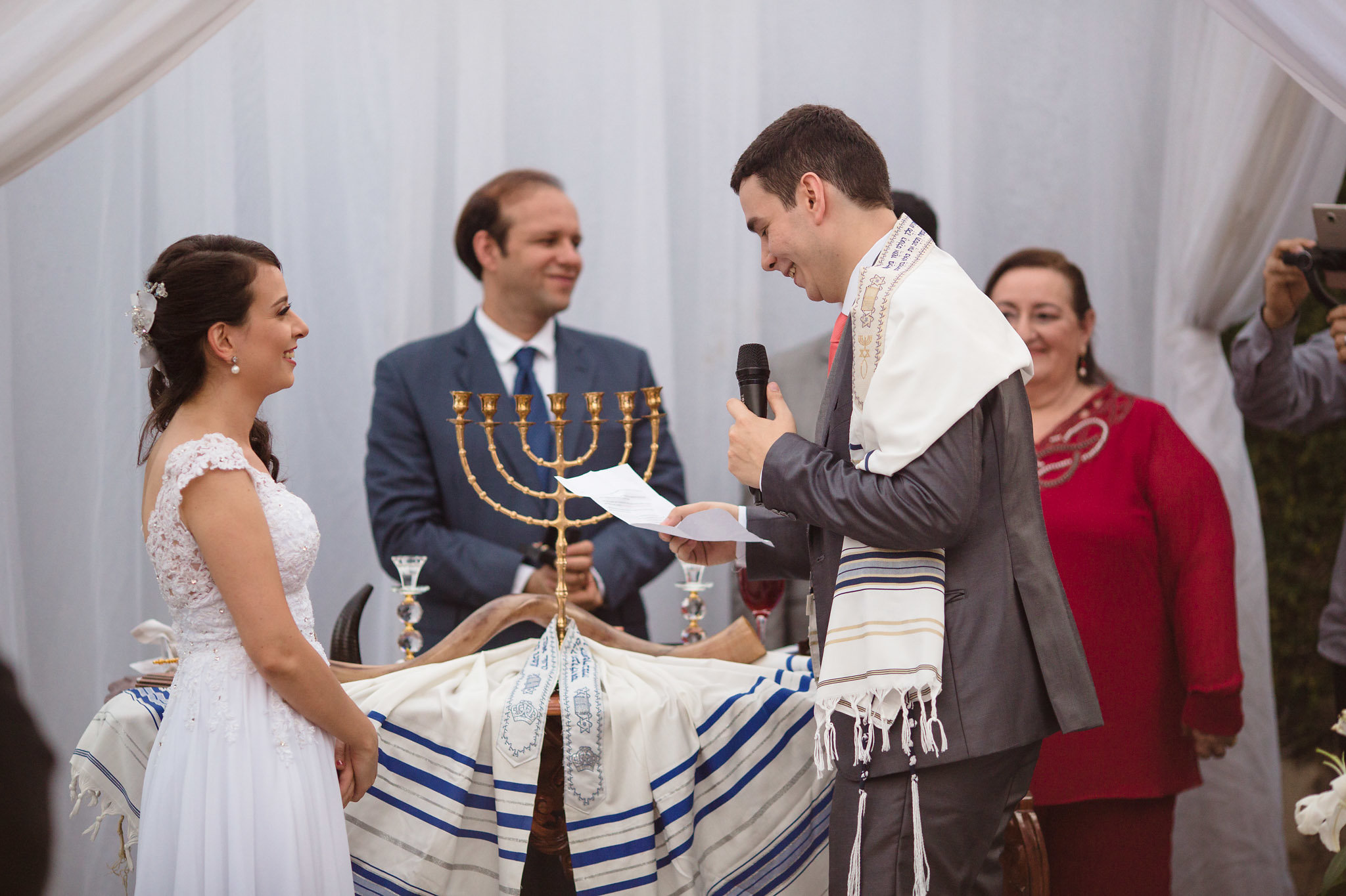 Casais de diferentes religiões contam como é uma cerimônia não-católica