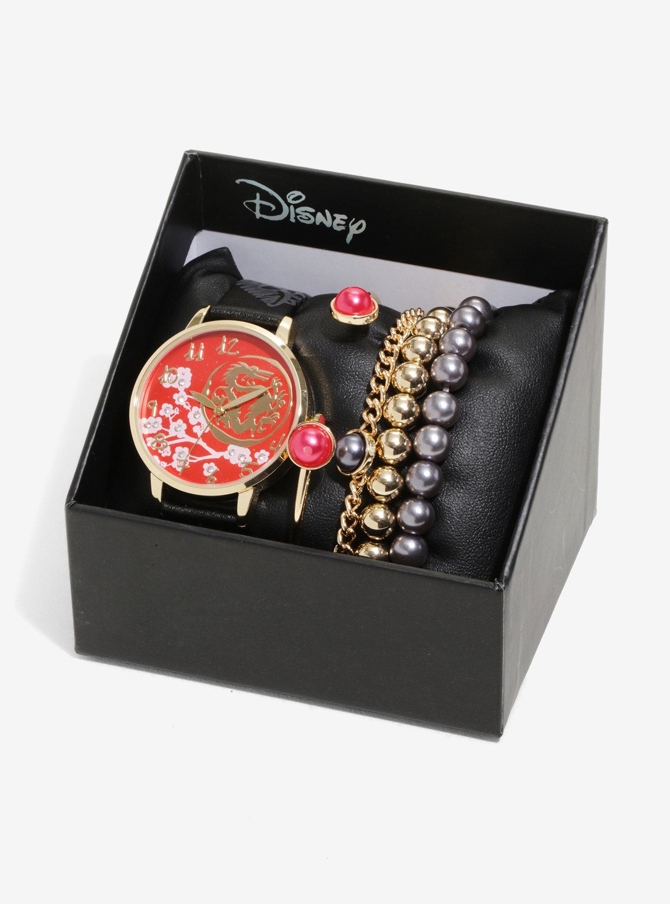 Conjunto de braceletes e relógio