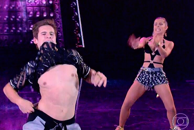 Dança dos Famosos Nicolas Prattes