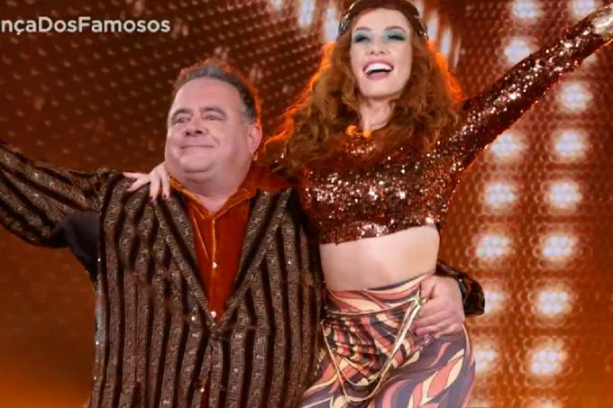Léo Jaime no Dança dos Famosos dançando baladão