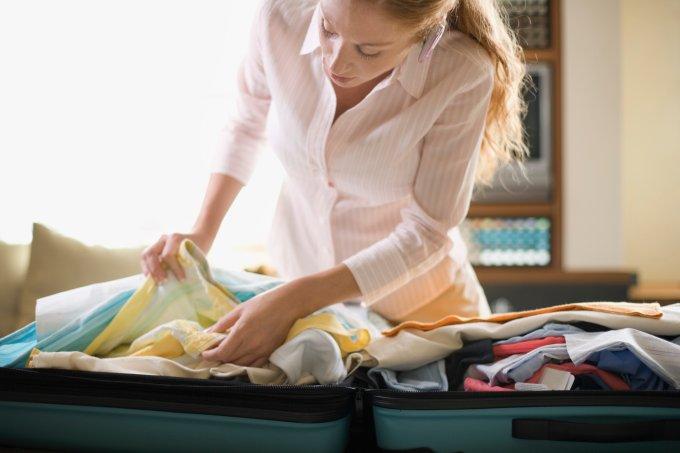 Como desfazer as malas de forma organizada