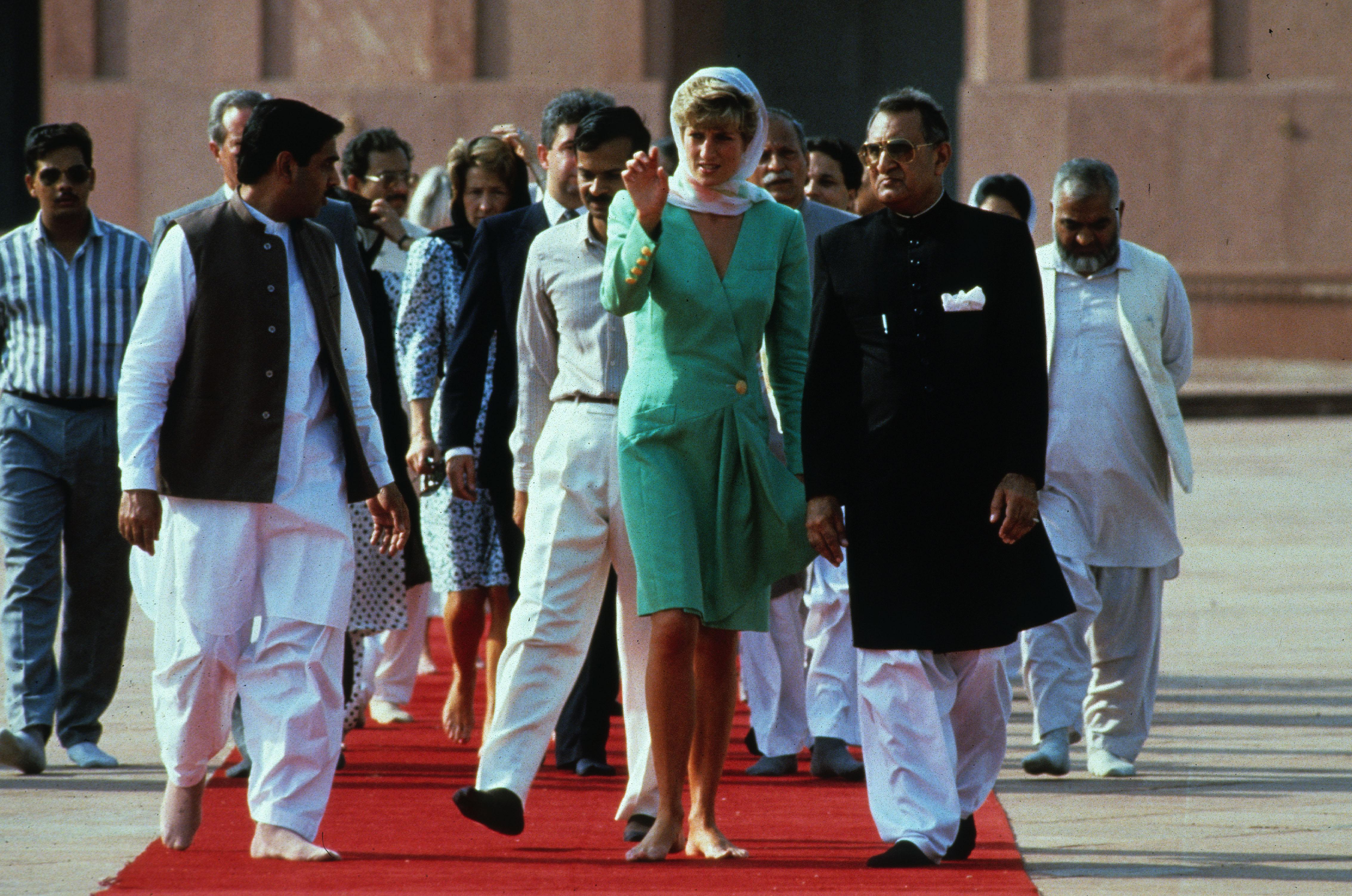 Princesa Diana no Paquistao em 1991