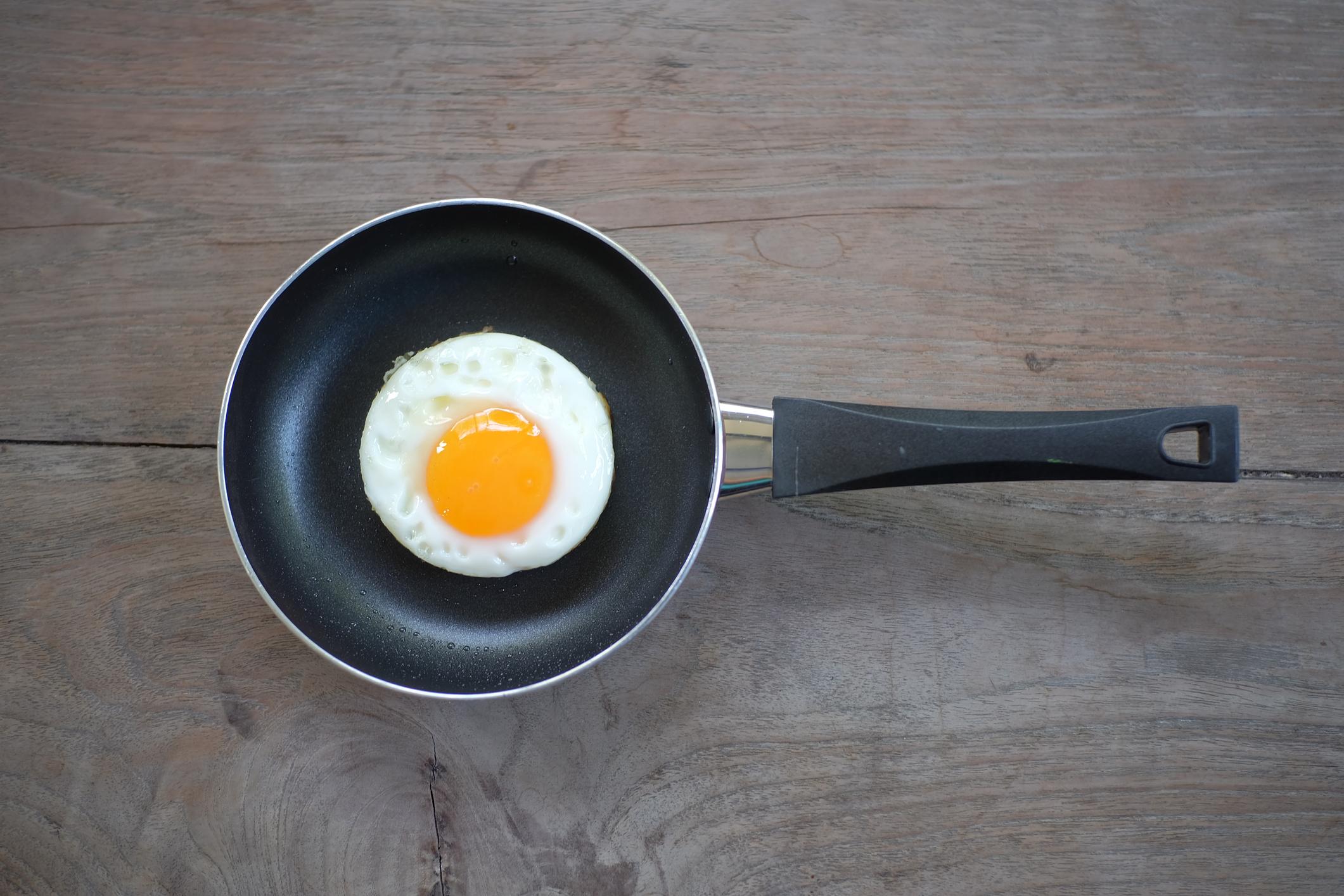 Dicas para fazer ovos fritos perfeitos