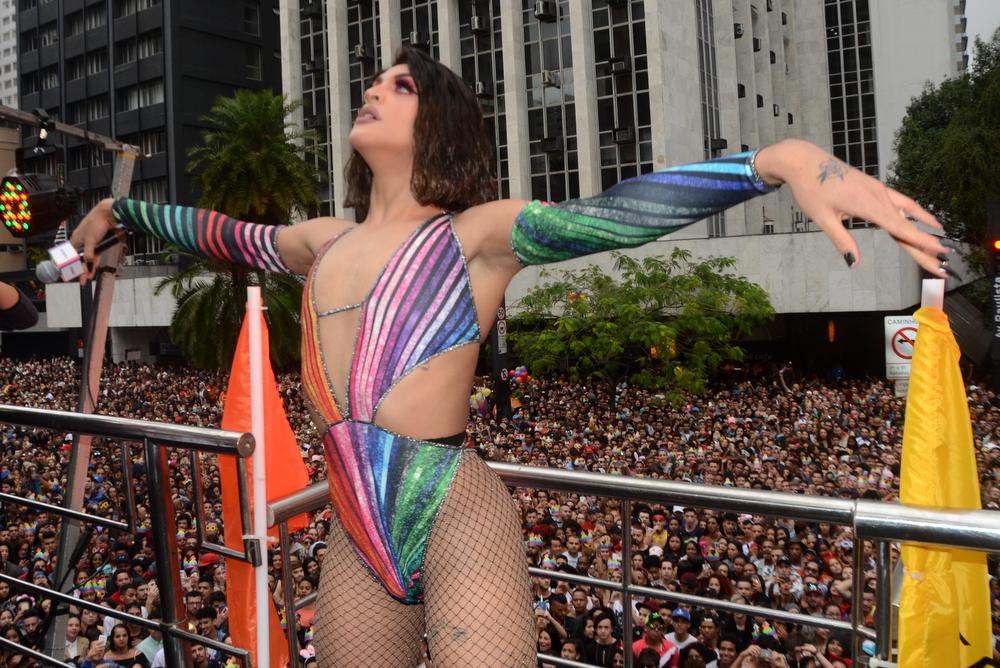 Pabllo Vittar na Parada LGBT em São Paulo