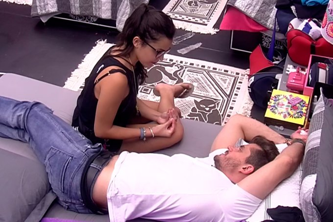 emilly-e-marcos-conversam-bbb17