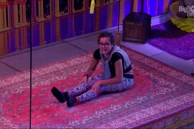 emilly-vence-tapete-bbb17