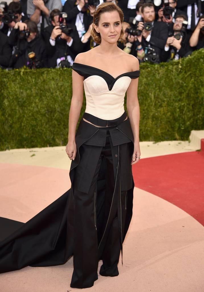 Emma Watson Veste Calvin Klein.