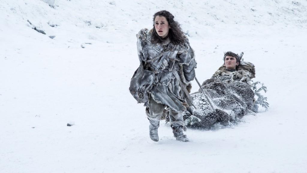 Meera e Bran Stark chegam a Muralha em Game of Thrones