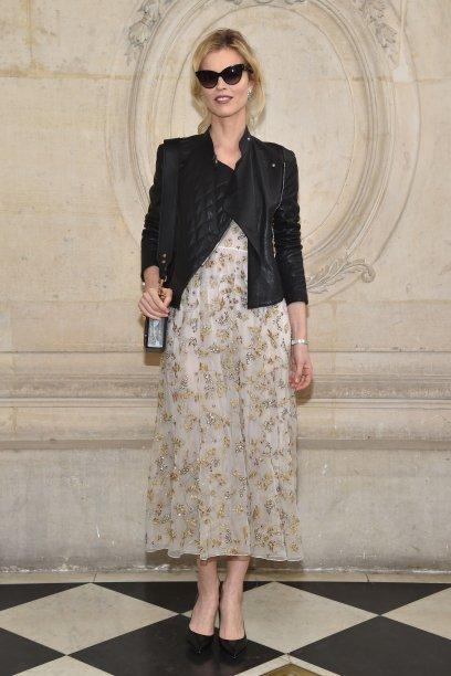 Eva Herzigova no desfile da Dior