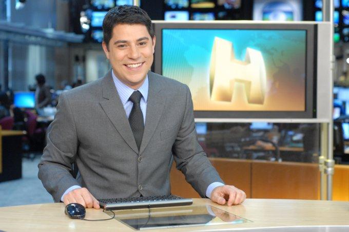 "Evaristo Costa na bancada do ""Jornal Hoje"""