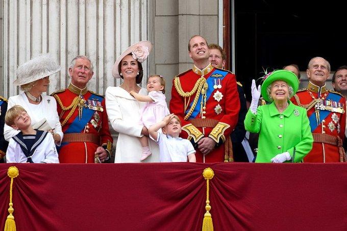 Família real britânica – protocolos mais estranhos