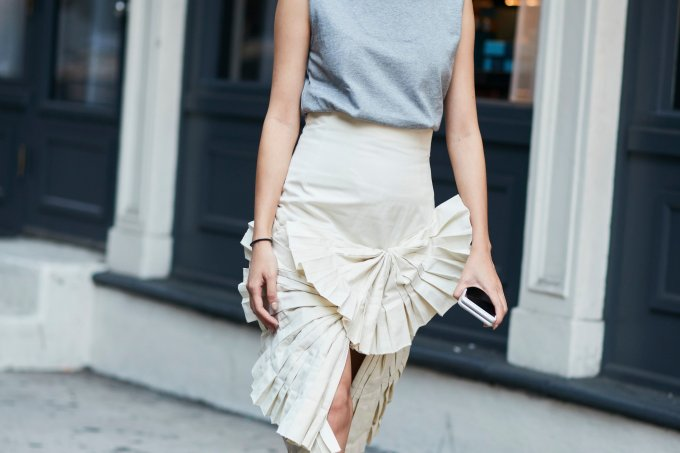 fashion_week_streets_0917_nyfw__day6_imx_103_hr-1