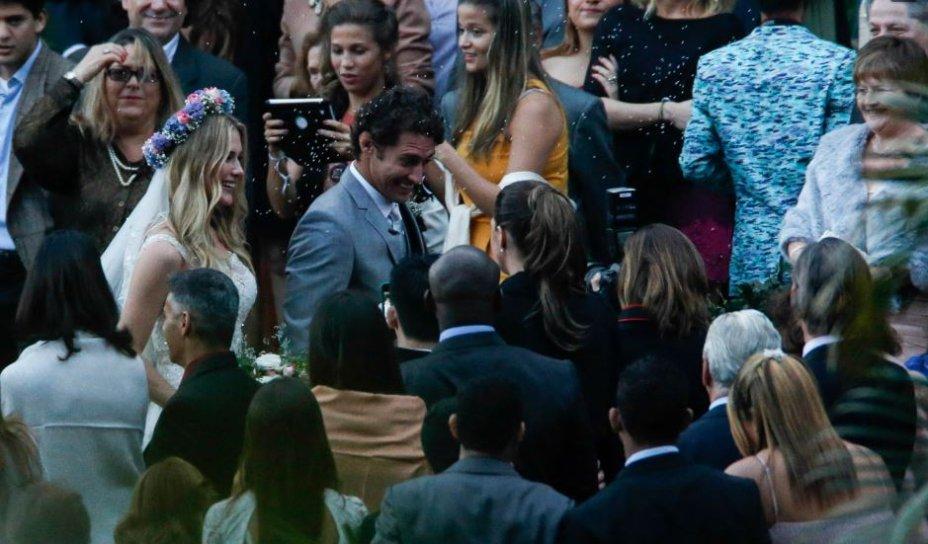 O casamento bucólico de Fiorella e Flávio aconteceu no sítio dos pais da atriz, em 2013.
