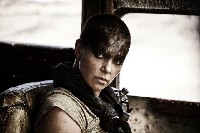 """Furiosa (Charlize Theron), em """"Mad Max – Estrada da Fúria"""""""