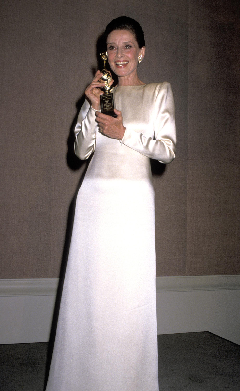 Audrey Hepburn Melhores Vestidos Globo de Ouro