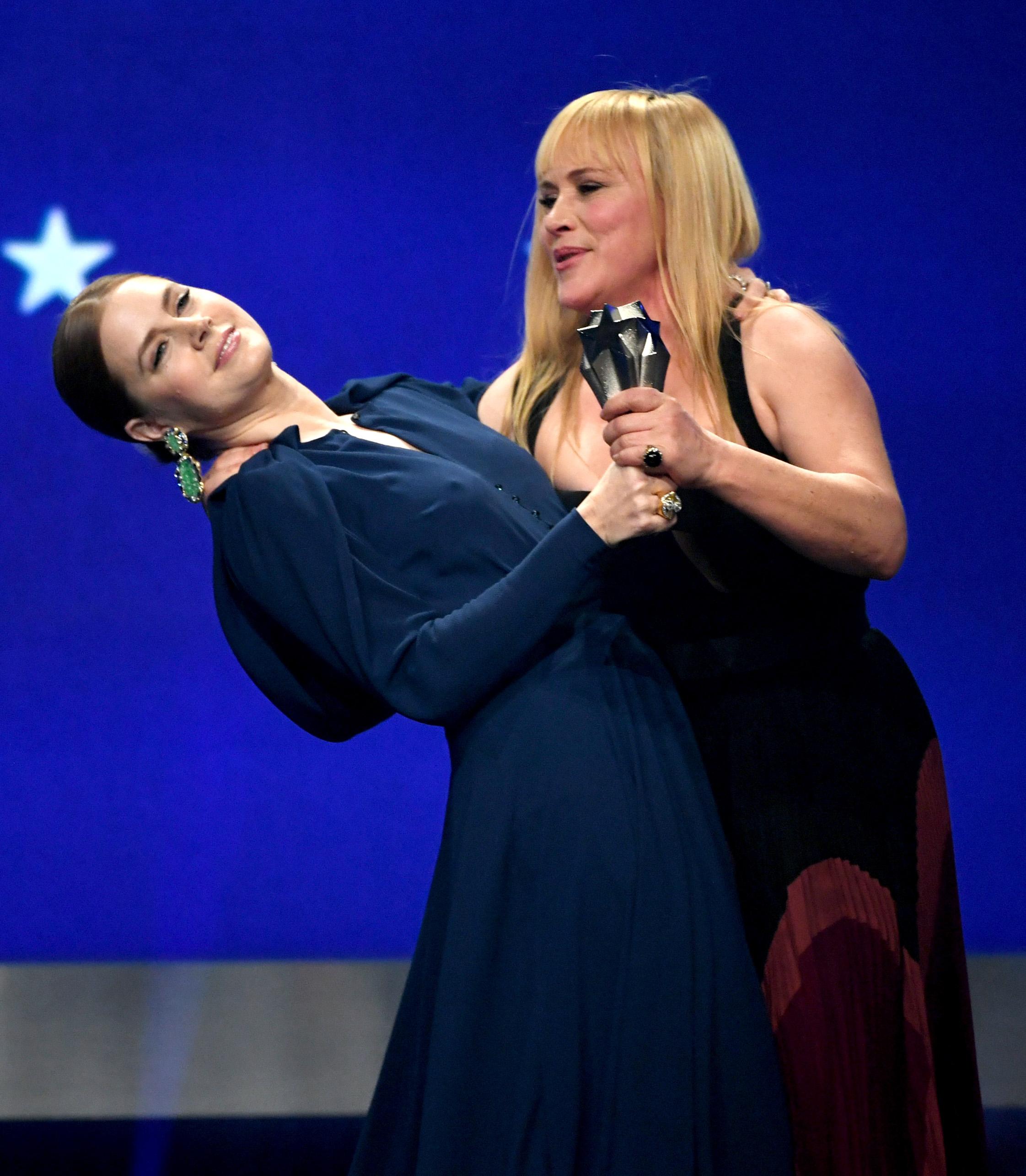 Amy Adams e Patricia Arquette Critics Choice