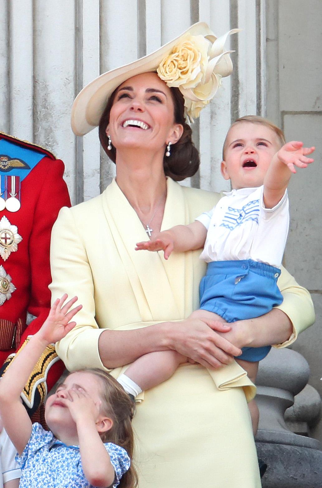 Príncipe Louis no Trooping The Colour 2019