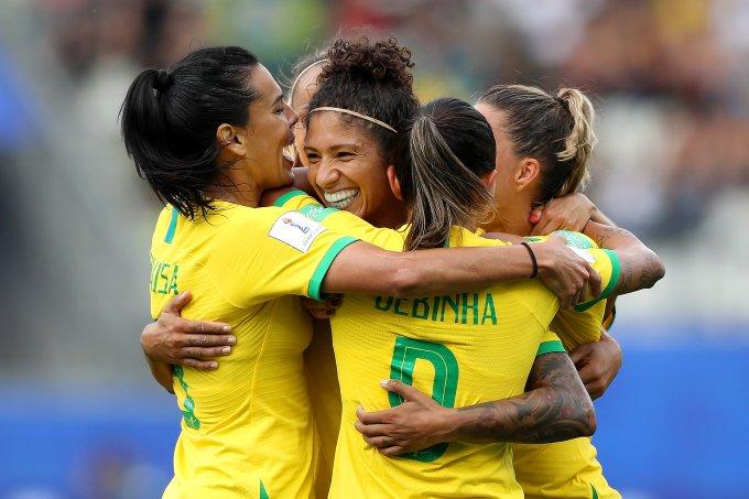 Brasil-vence-Jamaica-no-primeiro-jogo-da-Copa-Do-Mundo-Feminina