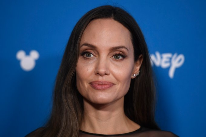 Angelina Jolie coronavírus