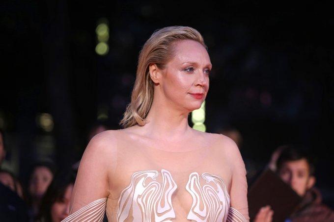 Gwendoline Christie vestido Iris Van Herpen