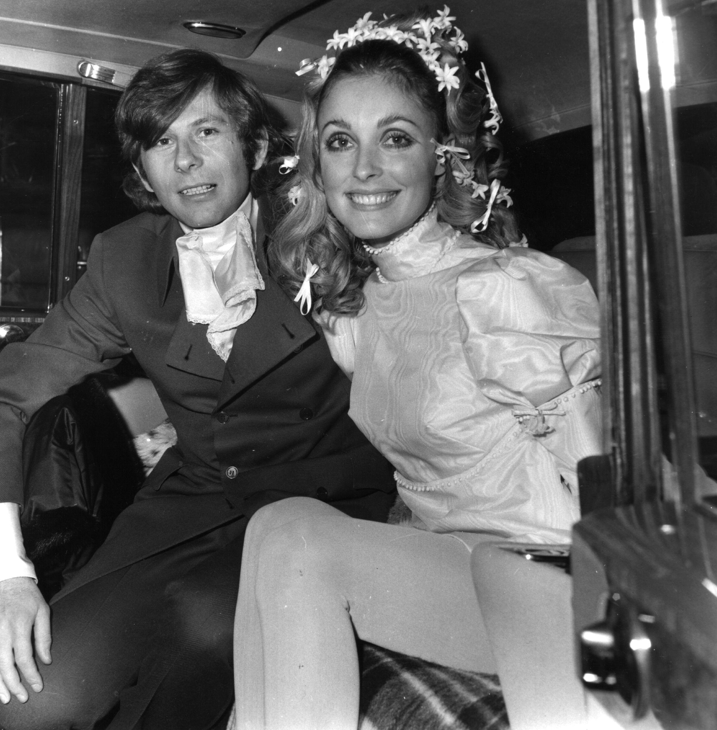 Roman Polasnki e Sharon Tate no dia em que uniram votos, em 1968.