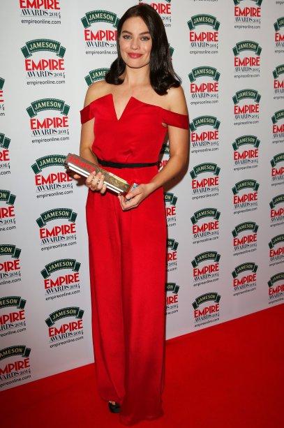 Em 2014, Margot ganhou o troféu de<span>Best Female Newcomer no prêmioJameson Empire Awards de 2014, por sua atuação em <em>O Lobo de Wallstreet (2014). </em>Para a ocasião, a atriz, que desfilava fios morenos, optou por um macacão vermelho da marca Paper London.</span>