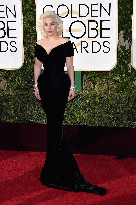 Lady Gaga Globo de Ouro Melhores Vestidos