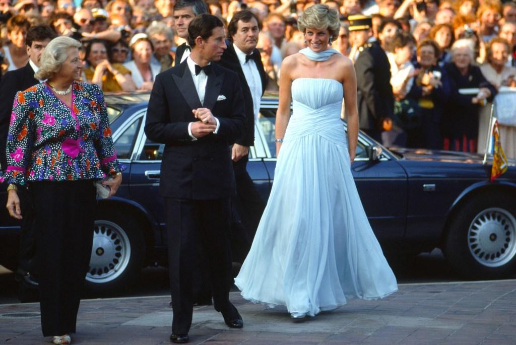 Princesa Diana e Principe Charles em Cannes