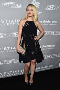 Kristen Bell no Baby2Baby Gala - Arrivals
