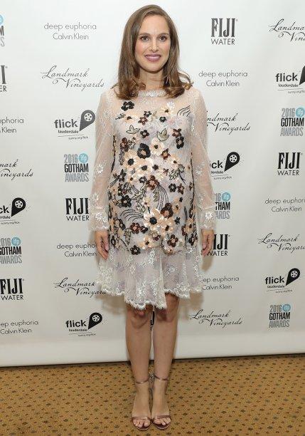 Natalie Portman vesteRodarte.