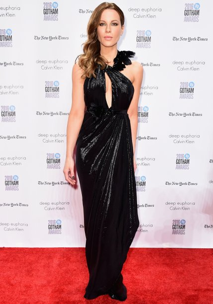 Kate Beckinsale vesteMarchesa.