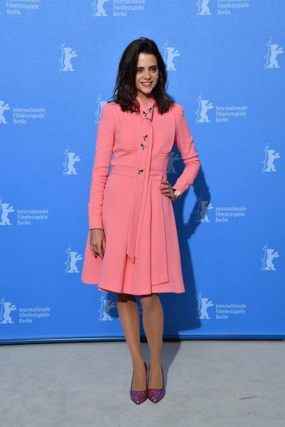 A atriz <b>Macarena Gomez</b> na sessão de fotos de <i>Skins</i>.