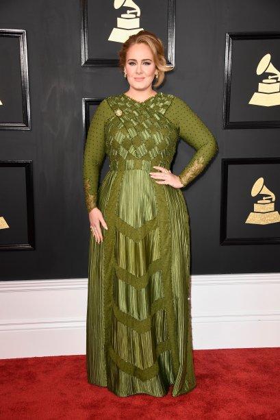 Adele veste Givenchy