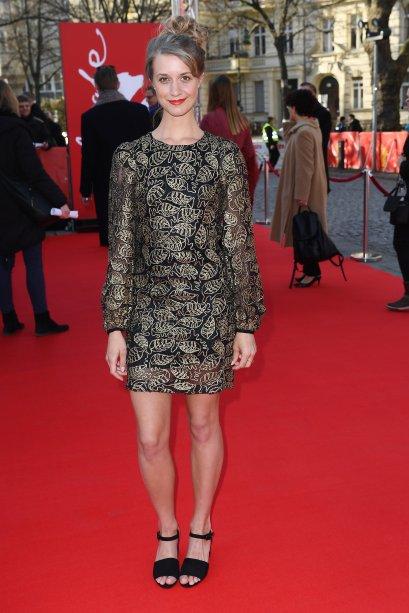 A atriz <b>Sara Hjort Ditlevsen</b> na première de <i>Below The Surface</i>.