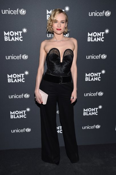 De macacão Roberto Cavalli em gala da Montblanc e da UNICEF, em Nova York.