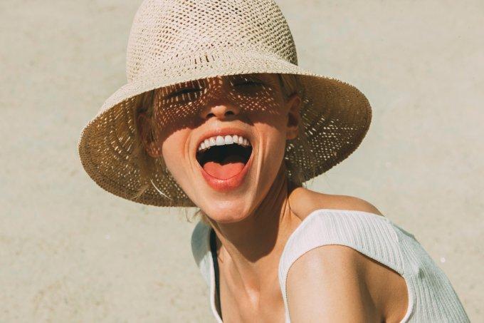 Como aproveitar o verão sem piorar a rosácea