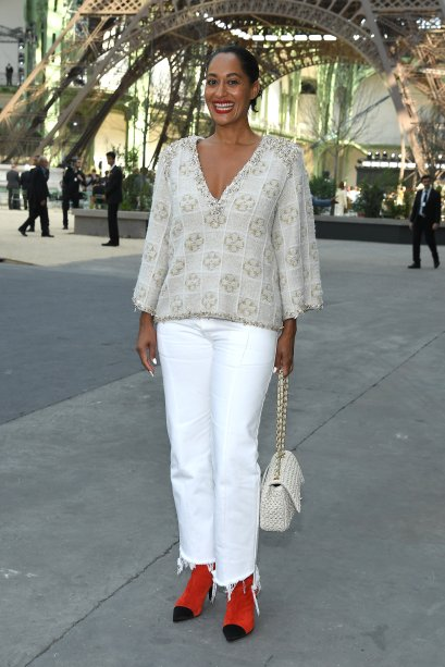 <strong>Tracee Ellis Ross </strong>no desfile da <strong>Chanel</strong>.
