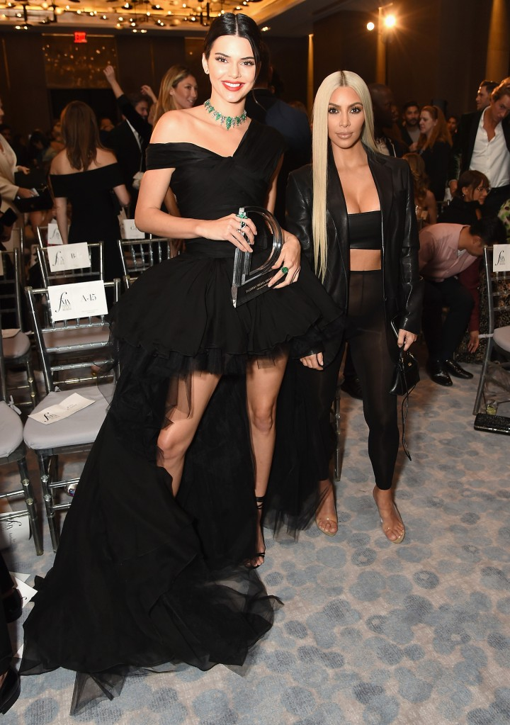Kendall Jenner e Kim Kardashian West