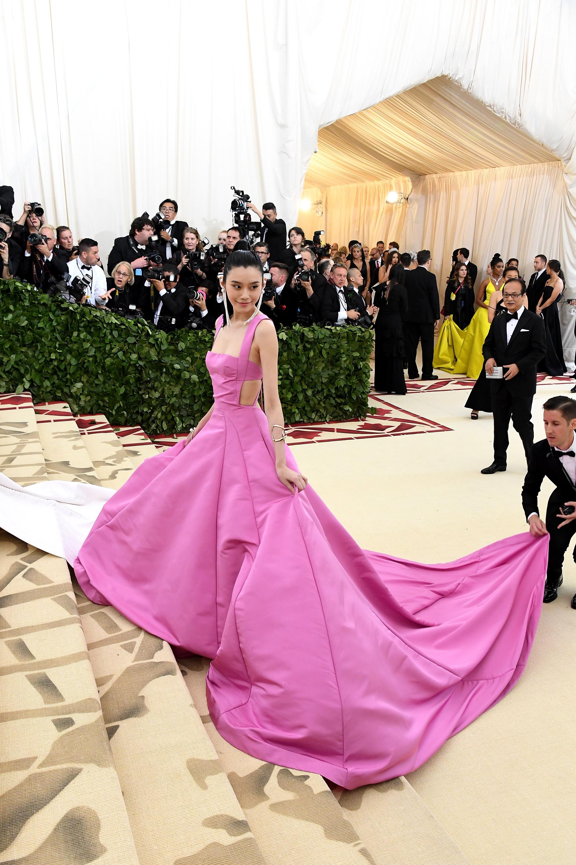 Vestidos de festa cor-de-rosa