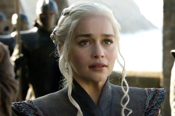 Danaerys (Emilia Clarke) – Game of Thrones