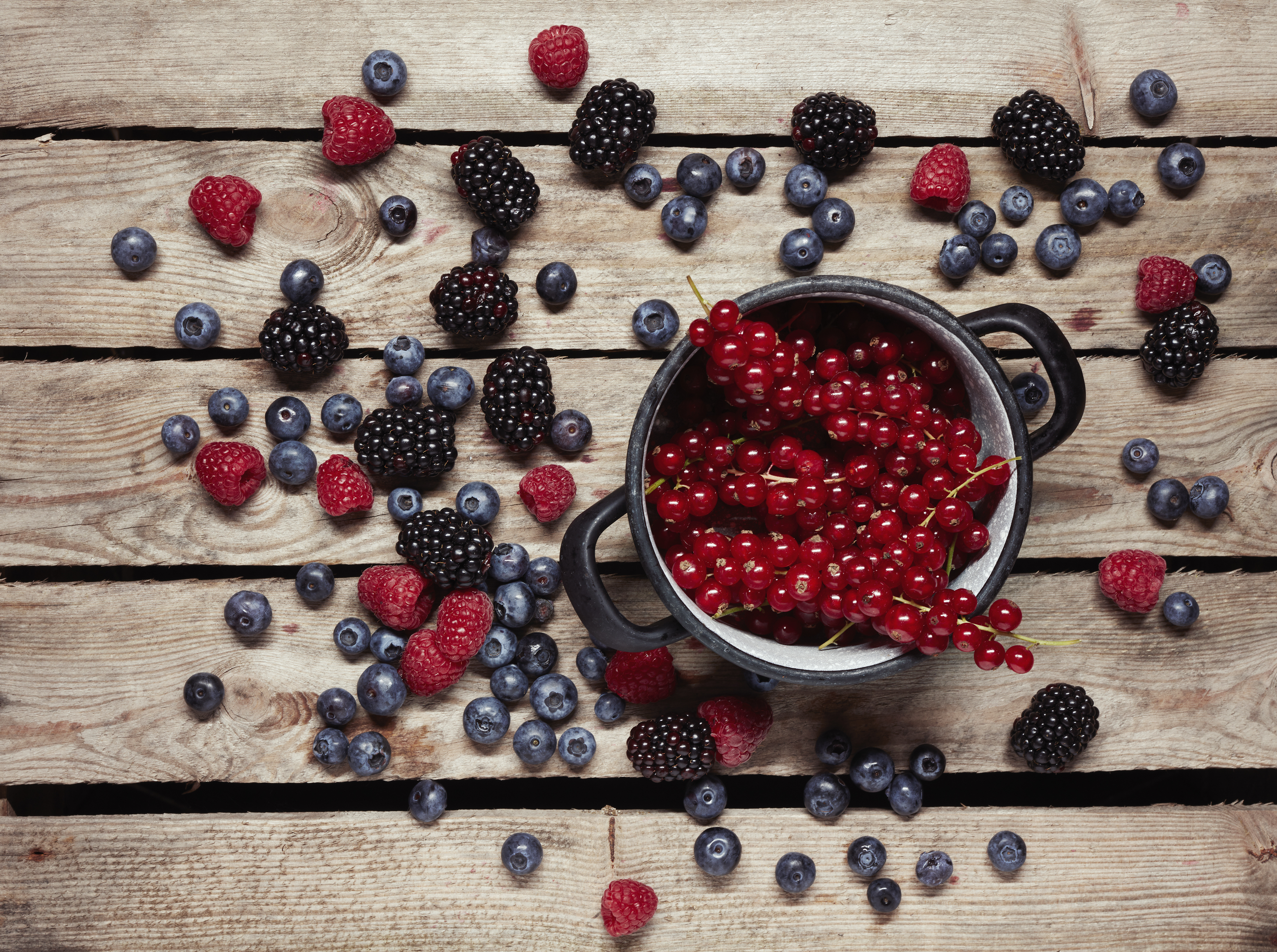 hábitos alimentares de outros países que podem beneficiar sua saúde - frutas vermelhas