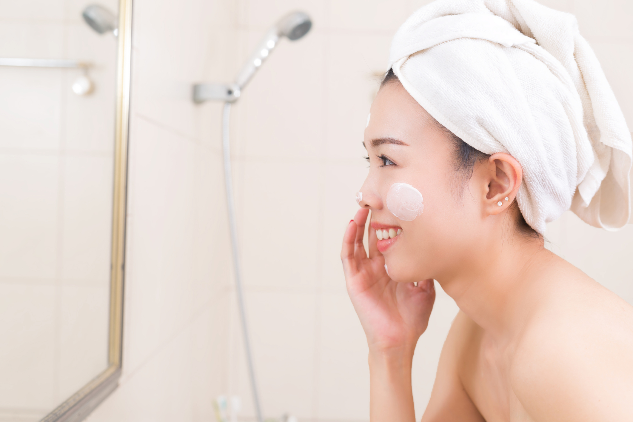 Hidratação do rosto no inverno - saúde e doenças de pele