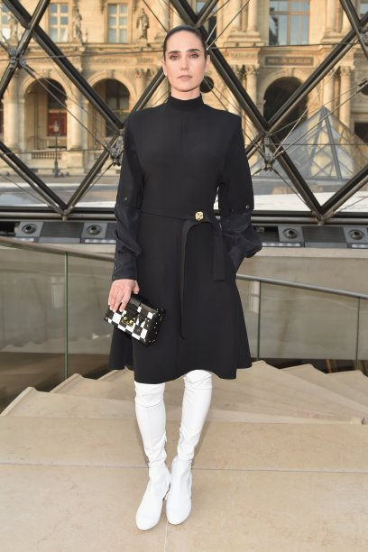 Jennifer Connelly no desfile da Louis Vuitton