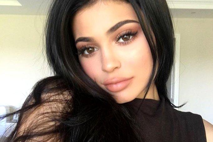 Kylie Jenner tirou preenchimento labial