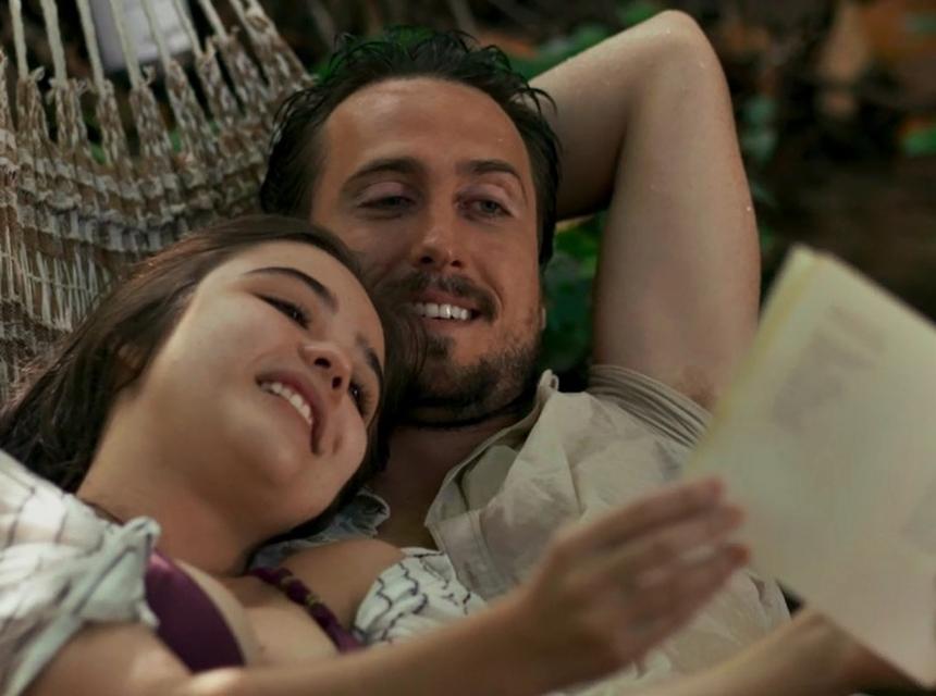 Laura e Rafael em O Outro Lado do Paraíso