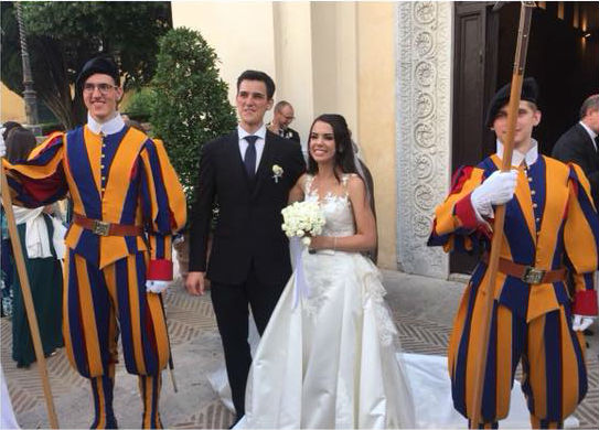 leticia e luca casamento com o papa