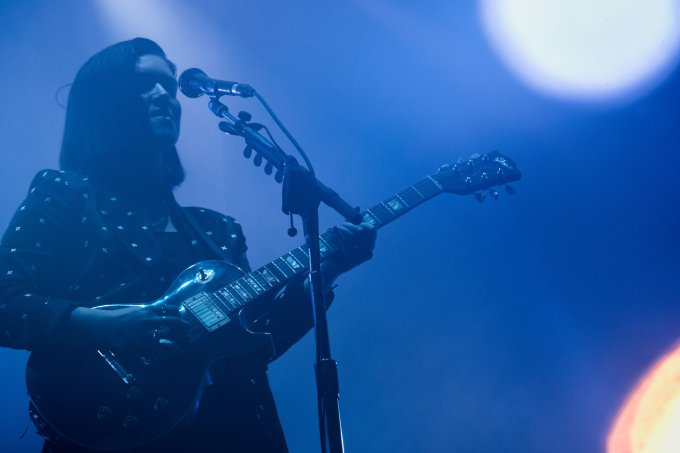 Rommy Madley Croft do The XX se apresentando no Lollapalooza 2017
