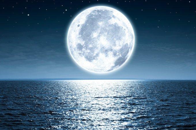 Lua Crescente em Escorpião