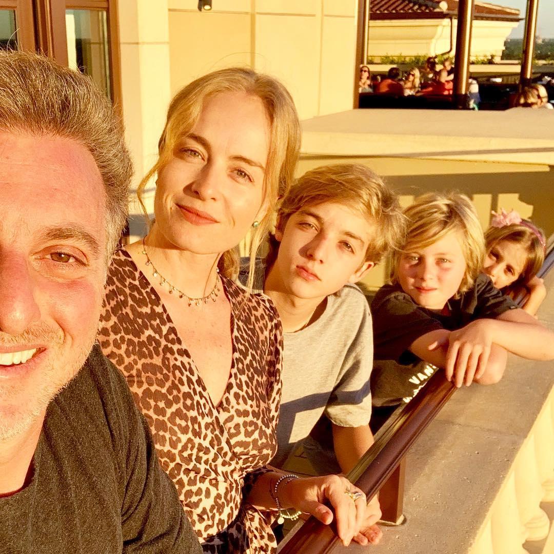 Luciano Huck, Angélica e filhos.