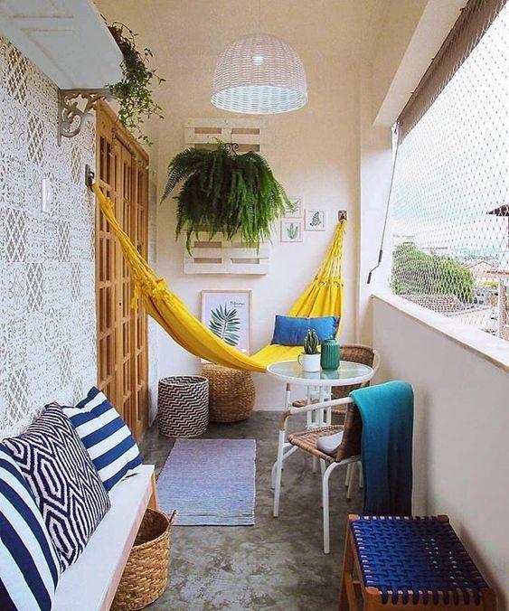 Conforto para sentar e deitar na varanda